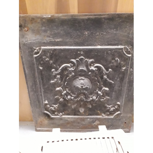 cast iron hearth plate n°18